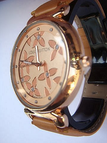 Где купить часы наручные в москве