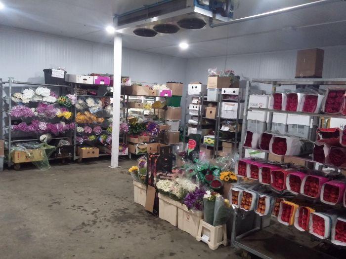 Оптовые склады цветов в спб вакансии